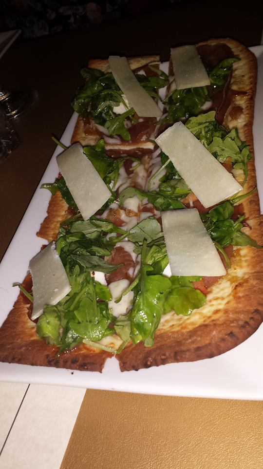 Prosciutto Fig Flatbread with Goat Cheese and Arugula